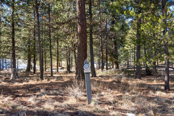 56269 Sable Rock Loop, Bend, OR 97707