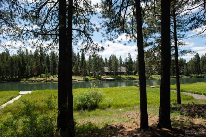 17049 Upland Lane, Bend, OR 97707