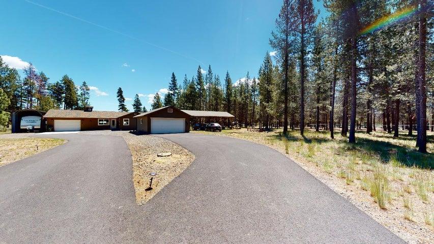 52520 Center Drive, La Pine, OR 97739