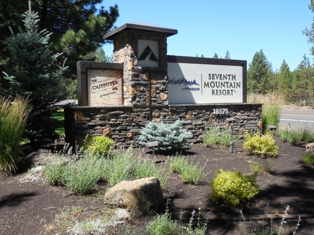 18575 SW Century Drive, 1327-1328, Bend, OR 97702