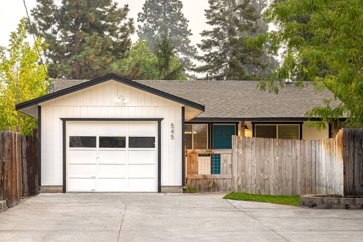 545 NE Olney Avenue, Bend, OR 97701