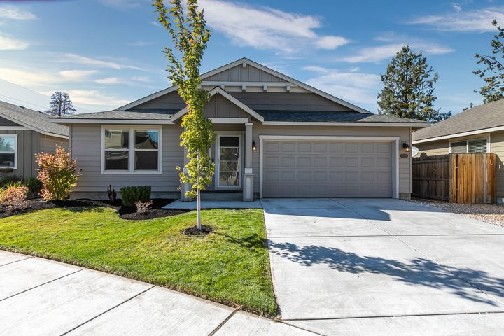 Cute Craftsman home with landscaped front yard