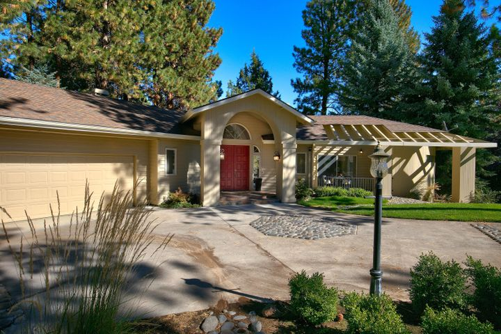 20452 Timberline Court, Bend, OR 97702