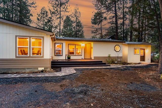 59765 Navajo Road, Bend, OR 97702