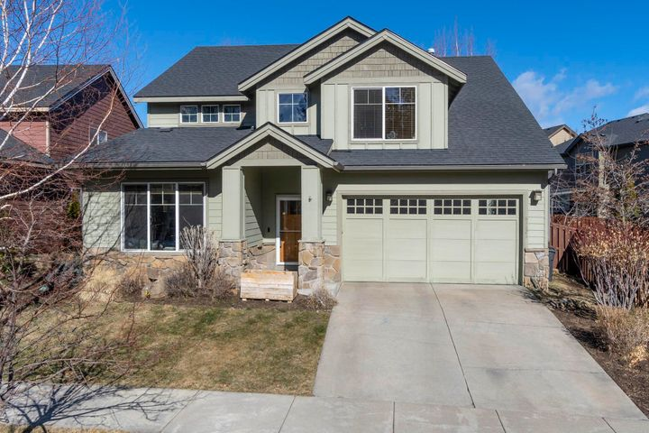 61121 Snowbrush Drive, Bend, OR 97702