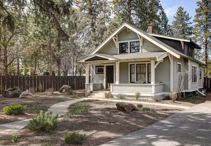 Charming Renovated Craftsman Home in Old Bend