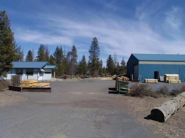 51356 Russell Road, La Pine, OR 97739