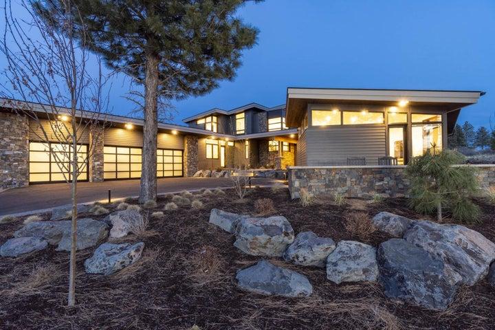 61846 Hosmer Lake Drive, Bend, OR 97702
