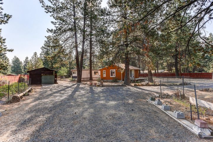 19250 Shoshone Road, Bend, OR 97702