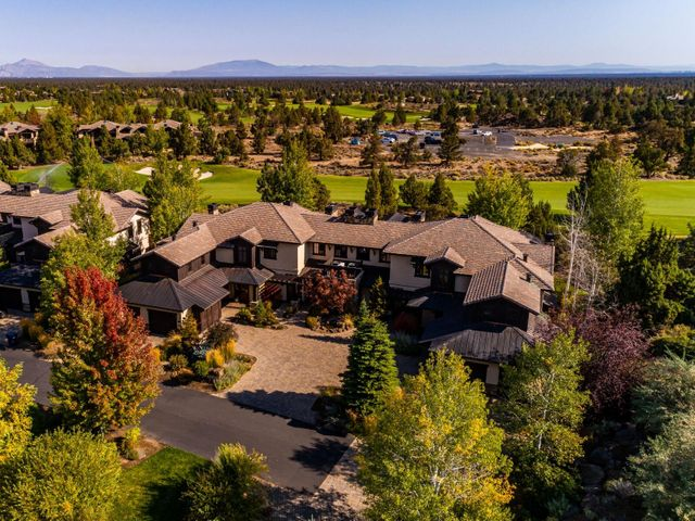 65590 Adventure Court, 105, Bend, OR 97701