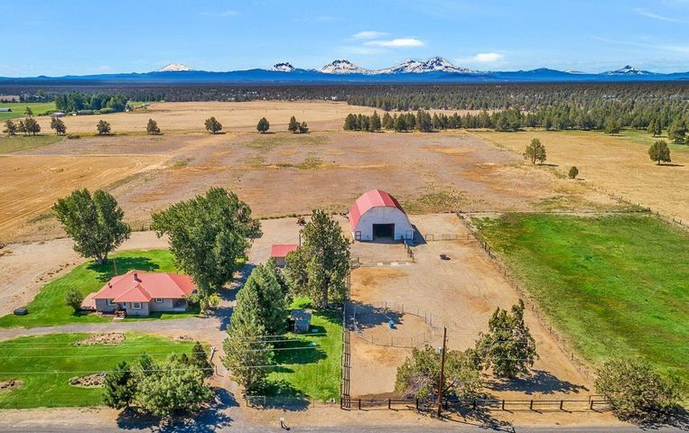 62939 Johnson Ranch Road, Bend, OR 97701