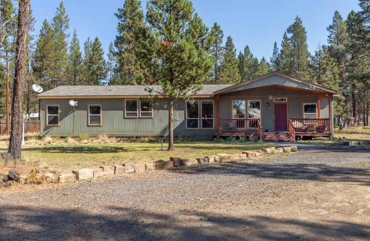 52498 Skidgel Road, La Pine, OR 97739