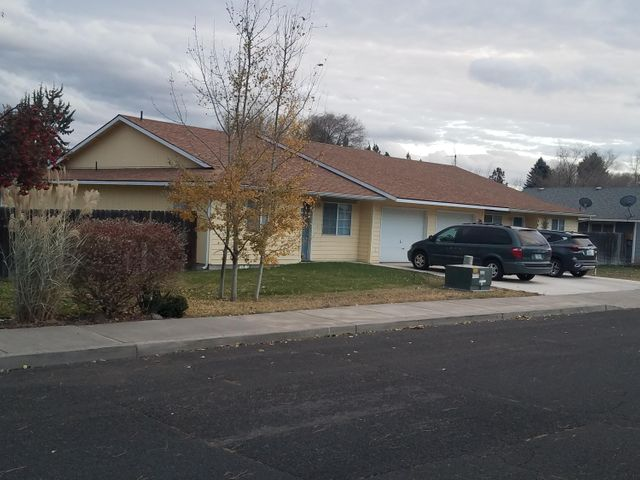 Well maintained 3bed/2bath duplex, fully rented with quality tenants and strong rental history. Great neighborhood location, single story design. Each side has single car garage. Private fenced backyard. Parking in driveway for additional car. Well kept and close to Sage Elementary School.