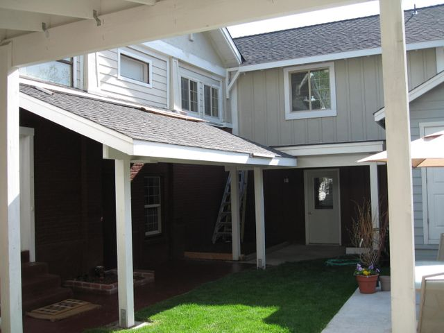 MU Zoned Duplex in the heart of Downtown Bend. Zoning allows for Live/Work situation. Live upstairs in this nicely remodeled 2br 2b 1,787sf unit, and run your business on the 930sf lower level. Or keep both as rentals. Six rare downtown parking spaces on site. Opportunity Zone.Month to month leases now in place.Separate Laundry room accommodates both units.Professionally managed.