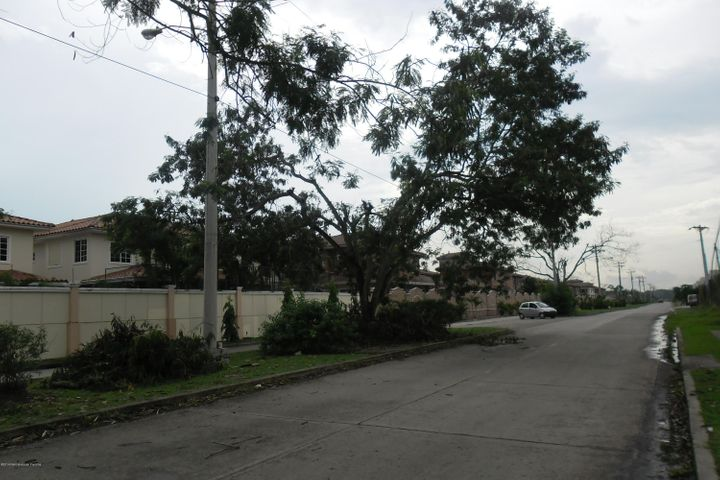 Local comercial Panama>Panama>Juan Diaz - Venta:448.024 US Dollar - codigo: 14-50