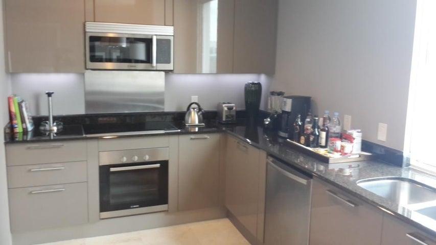 Apartamento Panama>Panama>Bellavista - Venta:380.000 US Dollar - codigo: 15-566