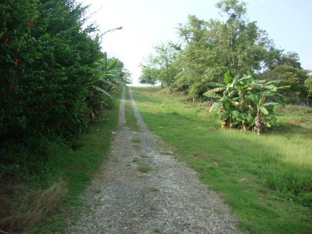 Terreno Panama>Arraijan>Vista Alegre - Venta:2.700.000 US Dollar - codigo: 15-995
