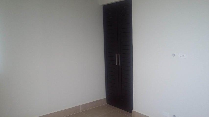 Apartamento Panama>San Carlos>San Carlos - Venta:367.000 US Dollar - codigo: 15-1918