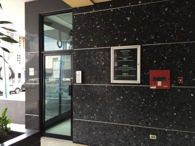 Oficina Panama>Panama>Avenida Balboa - Alquiler:2.300 US Dollar - codigo: 15-1993