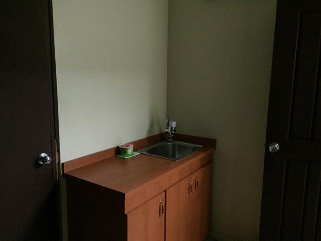 Oficina Panama>Panama>Avenida Balboa - Alquiler:1.800 US Dollar - codigo: 15-1995