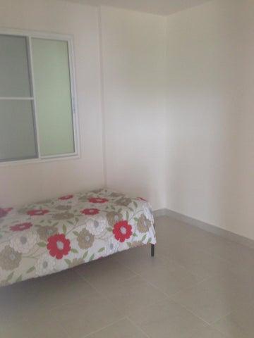 Apartamento Panama>Arraijan>Vista Alegre - Alquiler:800 US Dollar - codigo: 15-3161