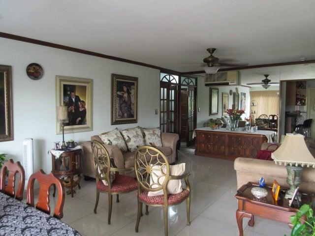 Apartamento Panama>Panama>San Francisco - Venta:300.000 US Dollar - codigo: 16-122