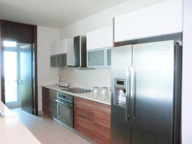 Apartamento Panama>Panama>Costa del Este - Venta:395.000 US Dollar - codigo: 16-373