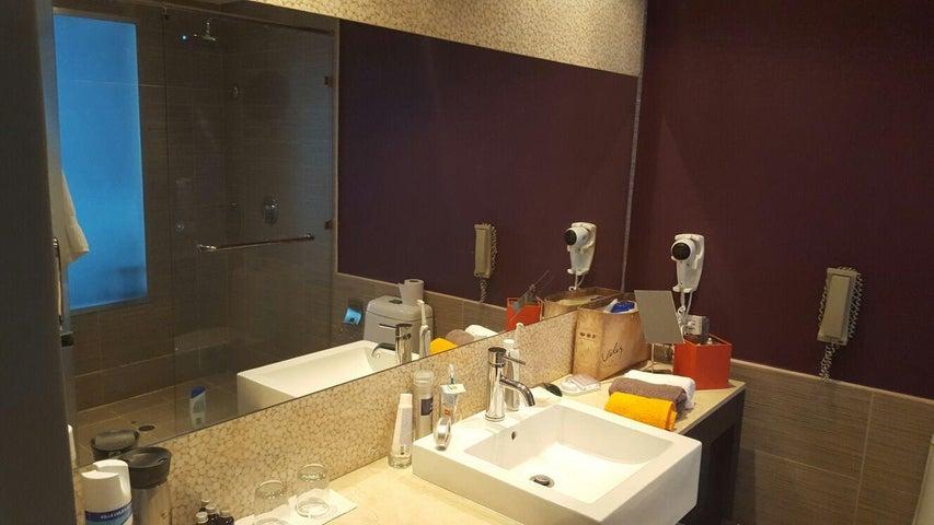 Apartamento Panama>Panama>Avenida Balboa - Venta:198.000 US Dollar - codigo: 16-948