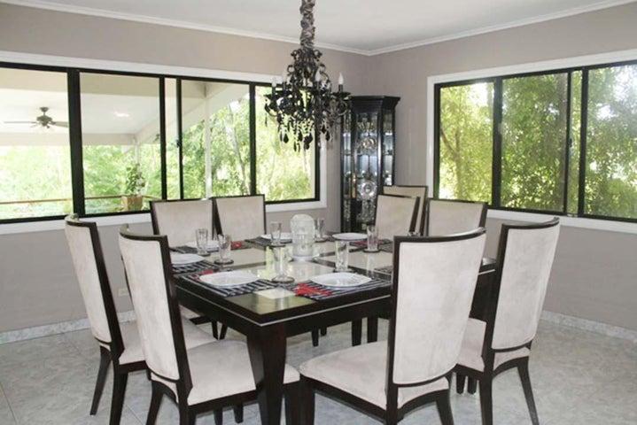 Casa Panama>Panama>Las Cumbres - Venta:357.000 US Dollar - codigo: 16-1301