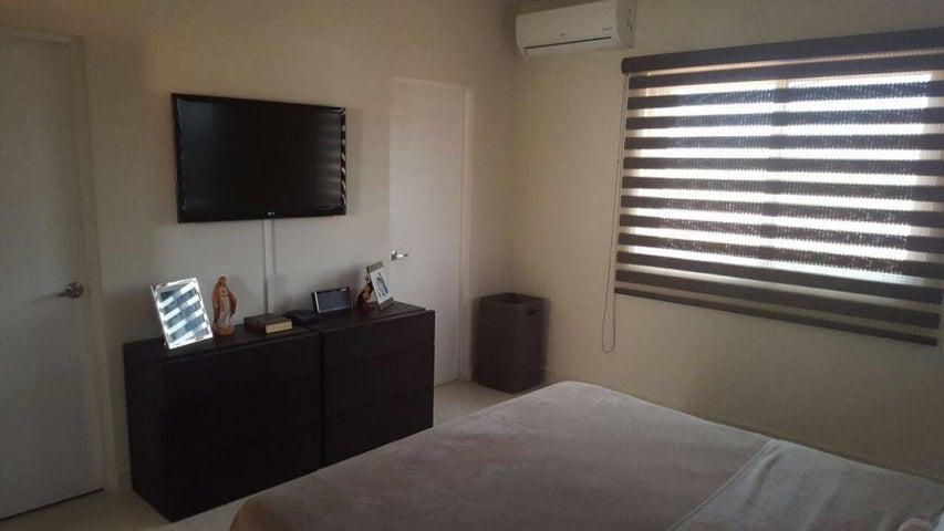 Casa Panama>Panama>Juan Diaz - Venta:710.000 US Dollar - codigo: 16-1468