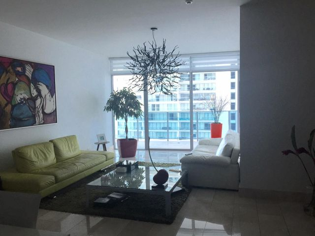 Apartamento Panama>Panama>Punta Pacifica - Venta:650.000 US Dollar - codigo: 16-1787