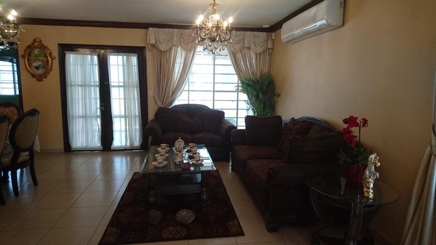 Casa Panama>Panama>Altos de Panama - Alquiler:1.800 US Dollar - codigo: 16-2030