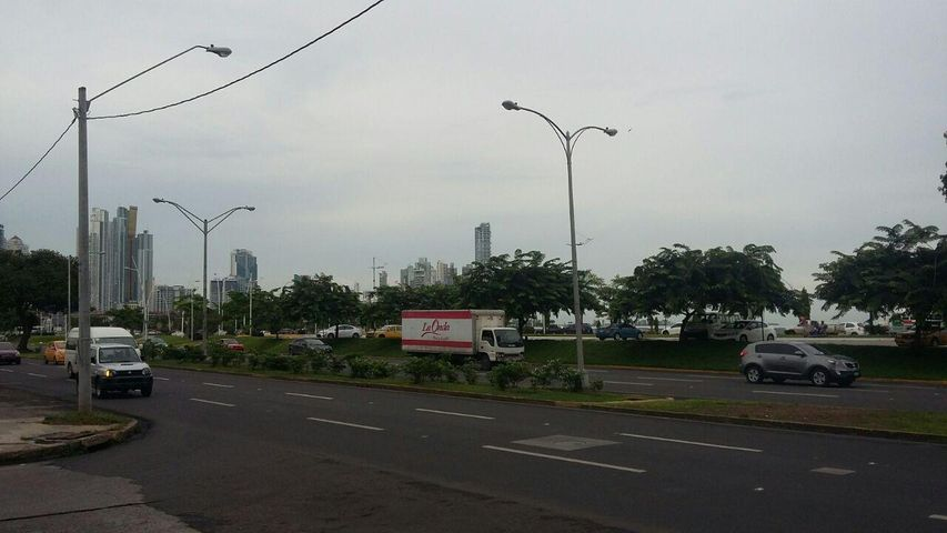 Local comercial Panama>Panama>Avenida Balboa - Venta:538.725 US Dollar - codigo: 16-2481