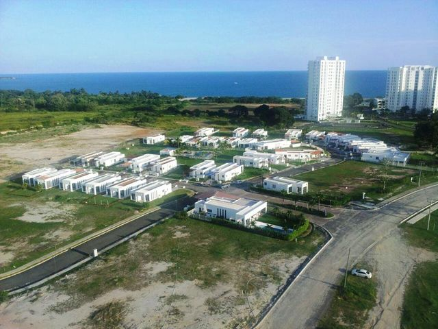 Casa Cocle>Rio Hato>Playa Blanca - Venta:389.000 US Dollar - codigo: 16-2585