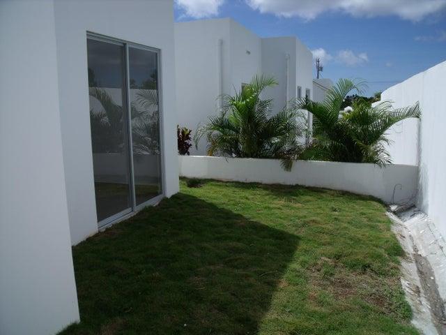 Casa Cocle>Rio Hato>Playa Blanca - Alquiler:675 US Dollar - codigo: 16-4018