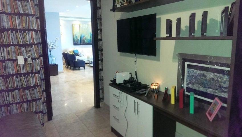 Apartamento Panama>Panama>Costa del Este - Venta:670.000 US Dollar - codigo: 16-1811
