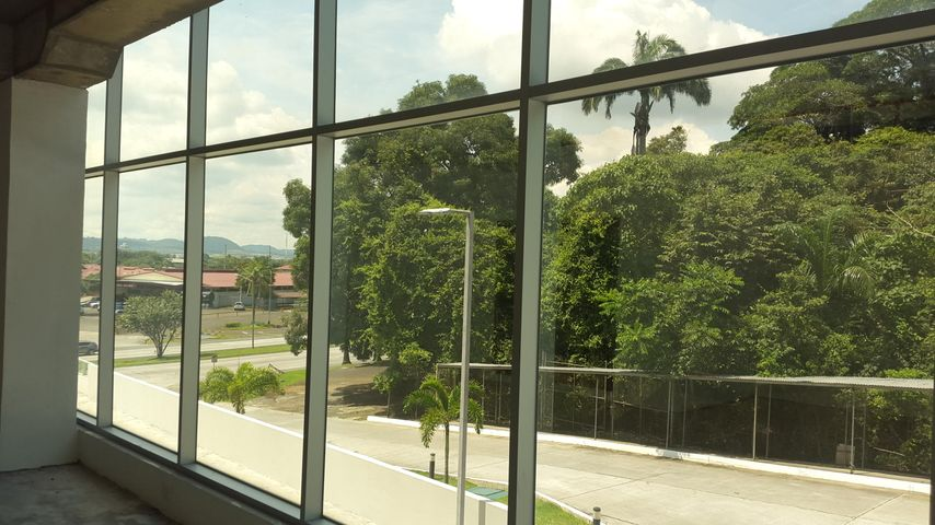 Local comercial Panama>Panama>Albrook - Venta:200.000 US Dollar - codigo: 16-4795