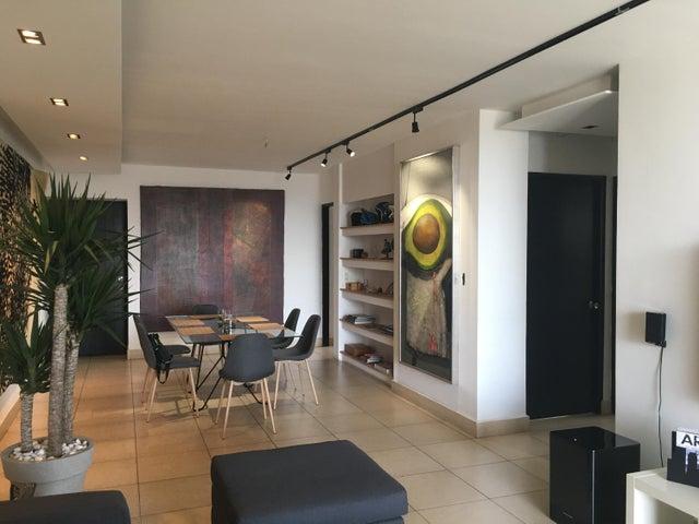 Apartamento Panama>Panama>San Francisco - Venta:320.000 US Dollar - codigo: 17-407