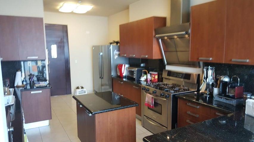 Apartamento Panama>Panama>Punta Pacifica - Venta:1.075.000 US Dollar - codigo: 17-643