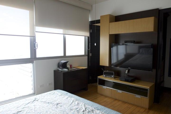 Apartamento Panama>Panama>Costa del Este - Venta:700.000 US Dollar - codigo: 17-781