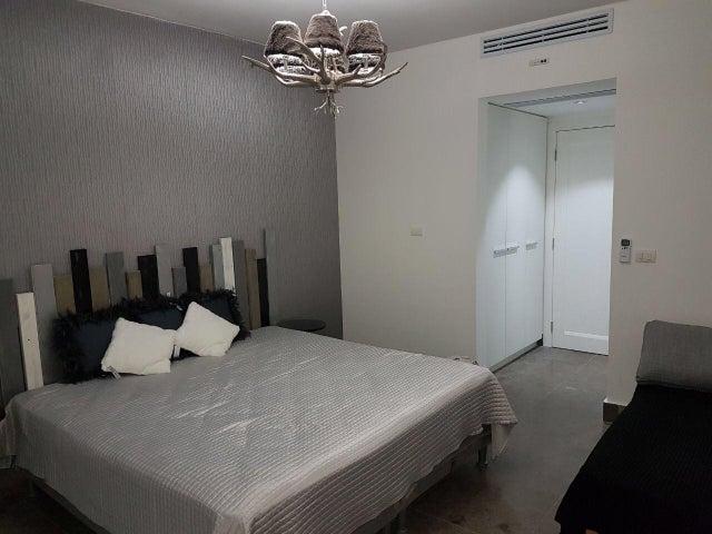 Apartamento Panama>Panama>Avenida Balboa - Venta:420.000 US Dollar - codigo: 17-1490