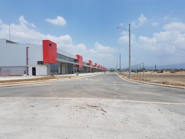 Galera Panama>Panama>Tocumen - Alquiler:7.200 US Dollar - codigo: 16-3862
