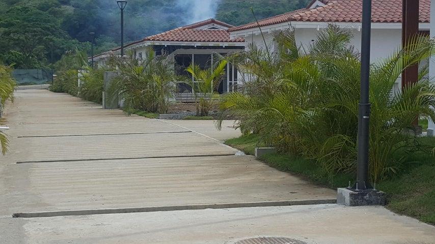 Casa Los Santos>Pedasi>Pedasi - Venta:335.500 US Dollar - codigo: 17-2554