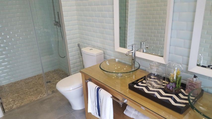 Casa Los Santos>Pedasi>Pedasi - Venta:727.800 US Dollar - codigo: 17-2557