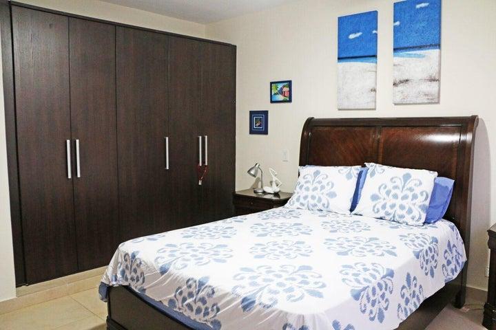 Casa Los Santos>Pedasi>Pedasi - Venta:385.000 US Dollar - codigo: 17-2580