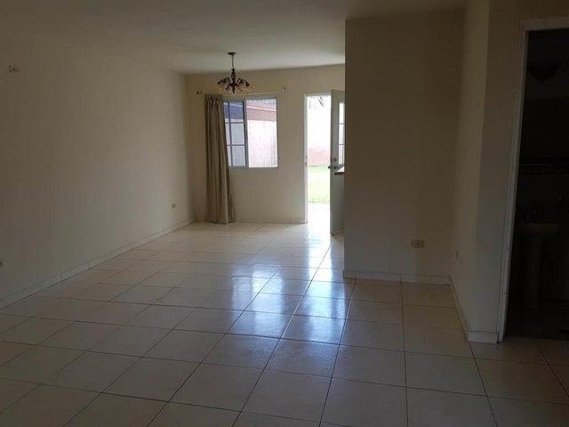 Casa Panama>Arraijan>Vista Alegre - Venta:180.000 US Dollar - codigo: 17-3494