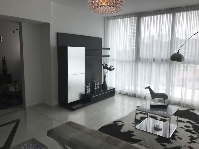 Apartamento Panama>Panama>El Carmen - Venta:199.000 US Dollar - codigo: 17-4421