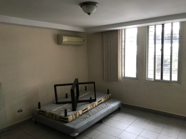 Apartamento Panama>Panama>El Carmen - Venta:163.000 US Dollar - codigo: 16-1899