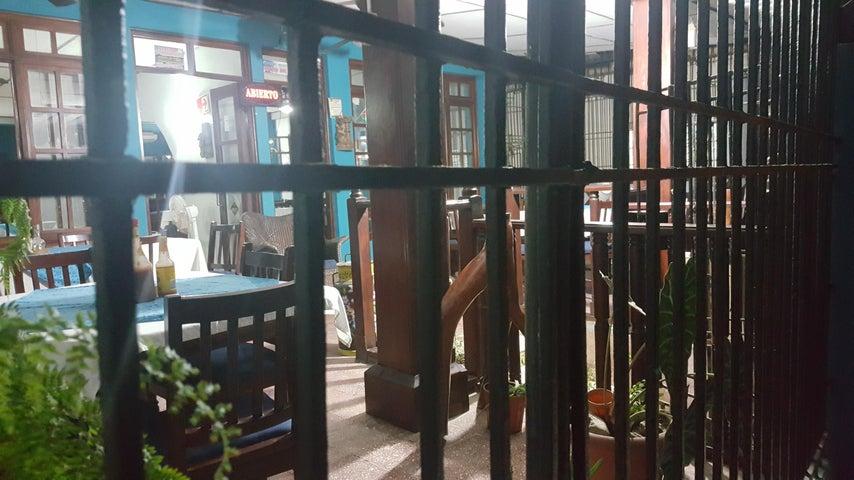 Local comercial Chiriqui>Baru>Limones - Venta:250.000 US Dollar - codigo: 17-5705