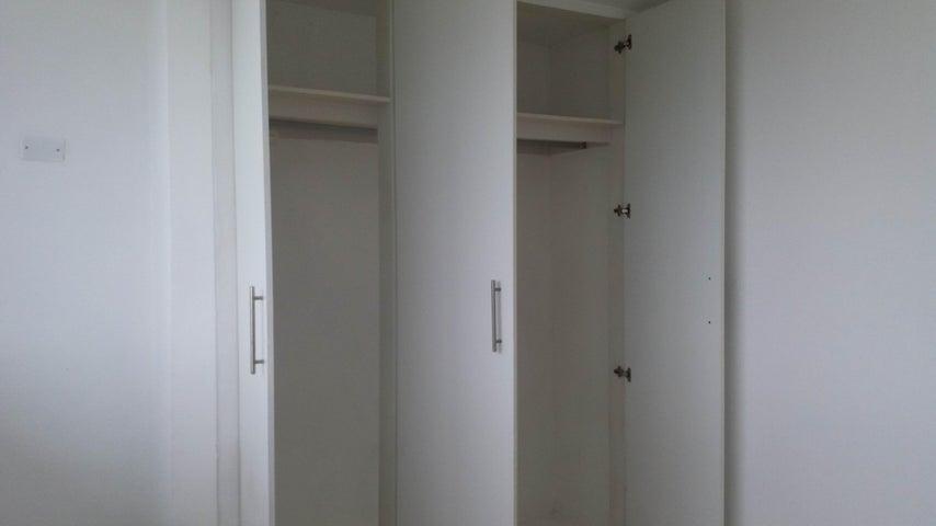 Apartamento Panama>Panama>Via España - Alquiler:1.100 US Dollar - codigo: 17-5767